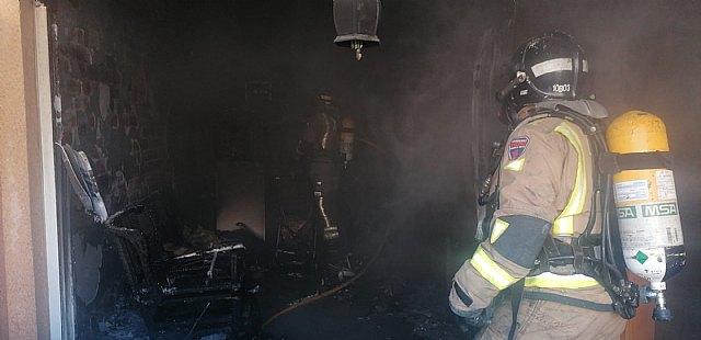 Incendio de vivienda en los Alcázares - 1, Foto 1