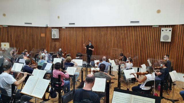 [La Orquesta Sinfónica de la Región de Murcia celebra con un concierto el 185 aniversario del municipio de Torre Pacheco, Foto 1