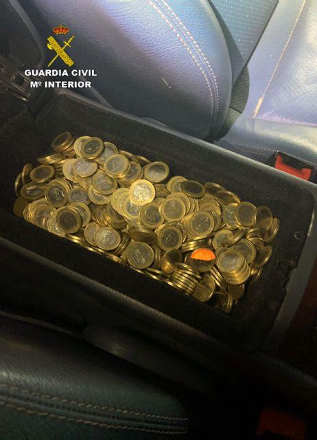La Guardia Civil detiene in fraganti a dos personas relacionadas con varios robos en comercios de Moratalla - 1, Foto 1