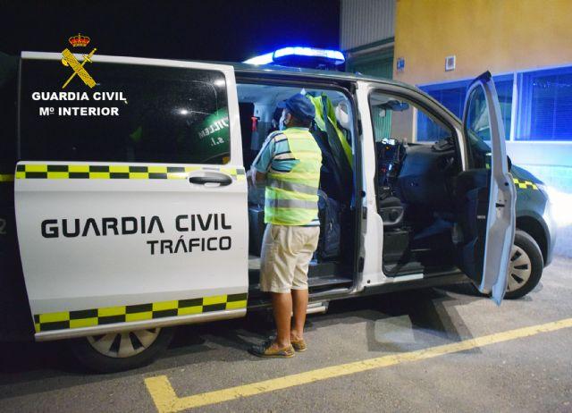 La Guardia Civil investiga a un conductor que colisionó con otro turismo cuando circulaba en sentido contrario cuadruplicando la tasa máxima de alcohol - 1, Foto 1