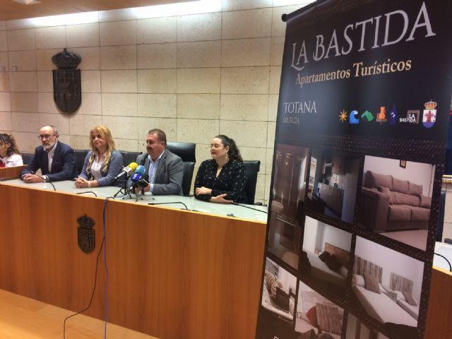 Se presenta un nuevo servicio de Apartamentos Turísticos La Bastida, en la calle Héroe Bartolomé Cayuela - 2, Foto 2