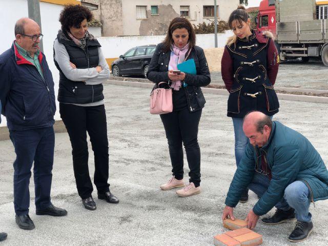 El Ayuntamiento renueva la plaza de la Ermita y su entorno - 2, Foto 2