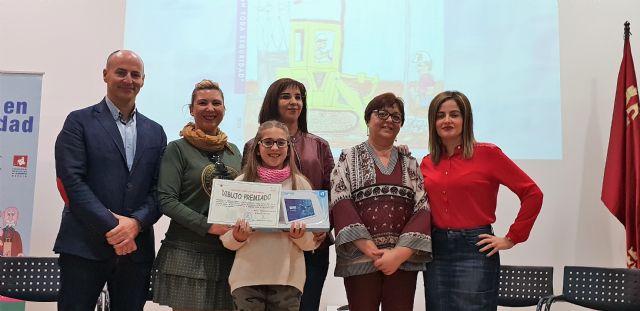 Una alumna del colegio Nuestra Señora de la Asunción es la ganadora de la fase regional del concurso Crece en Seguridad - 2, Foto 2