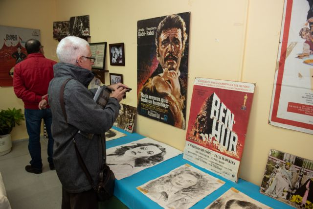 La exposición sobre la historia del cine en Mazarrón recala en el centro de personas mayores del Puerto - 3, Foto 3