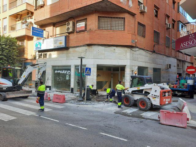 Comienzan las obras para mejorar la accesibilidad en los pasos de peatones de la Calle Mayor de Alcantarilla - 1, Foto 1