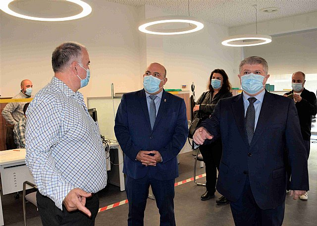 El alcalde y el delegado del Gobierno visitan el nuevo CAISS de Cieza en el que el Gobierno central ha invertido 367.000 euros - 1, Foto 1