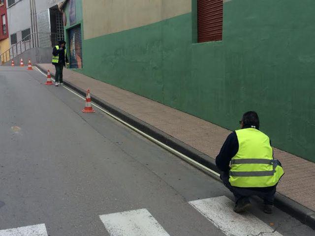 Realizan trabajos de repintado para la revalorización de los espacios públicos, con una inversión de 7.652 euros - 3, Foto 3