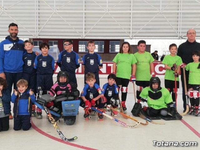 El equipo Benjam�n del Club Hockey Patines de Totana, en la Liga de la Federaci�n Valenciana, Foto 1