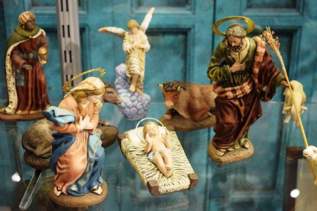 Los belenes nacionales de la colección Jorquera iluminan Casas Consistoriales hasta el 10 de enero, Foto 2