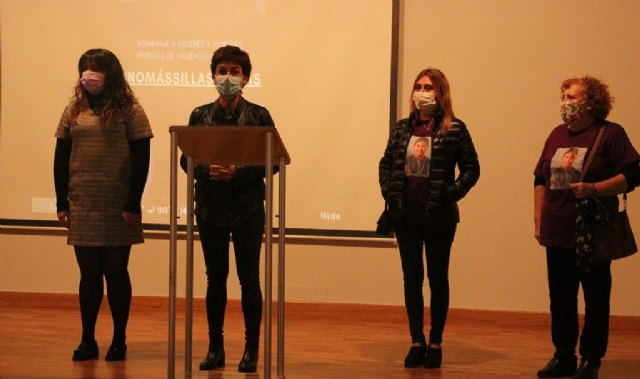 Beniel ha homenajeado a mujeres y menores víctimas de violencia de género con motivo del 25N - 1, Foto 1