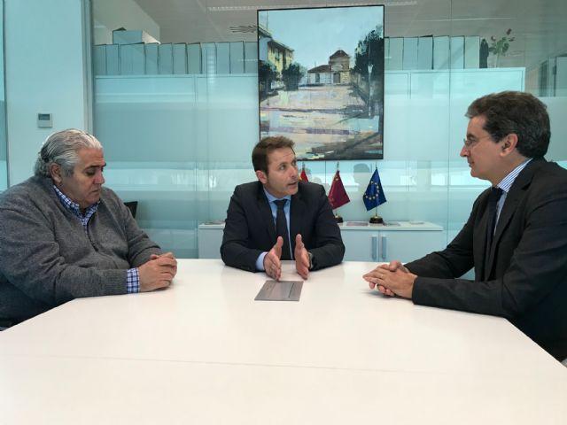 El Alcalde recibe al nuevo titular del Registro de la Propiedad de Torre-Pacheco, Joaquín Delgado Ramos - 2, Foto 2