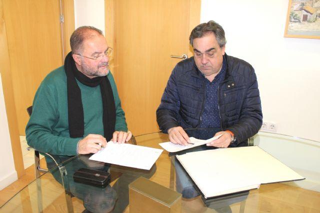 City Council and Merchants Association sign an agreement, Foto 2