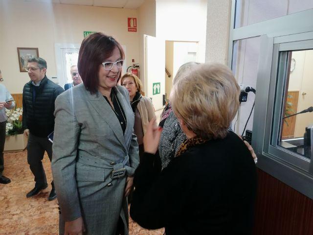La vicepresidenta Isabel Franco visita el centro social de La Unión que atiende a 3.200 personas mayores - 1, Foto 1