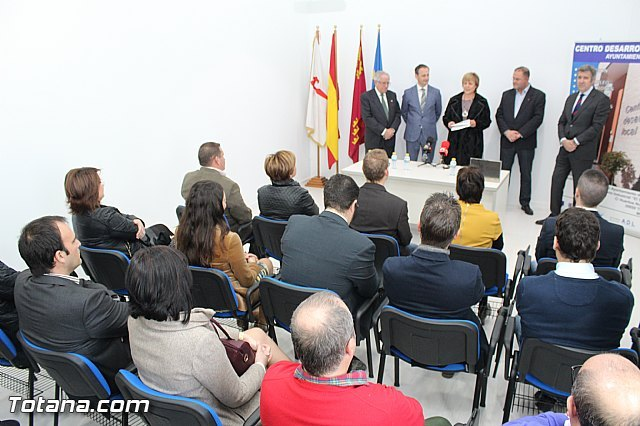 The PP says that the council of Industry is not to rise to the occasion in the opening ceremony of the works of the Business Incubator