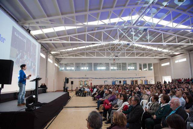 Los maestros jubilados del municipio reciben un cálido homenaje con César Bona como testigo, Foto 2