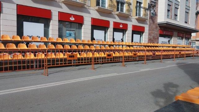 PADISITO va a gestionar un año m�s las gradas para presenciar el desfile del Carnaval de Totana, Foto 1