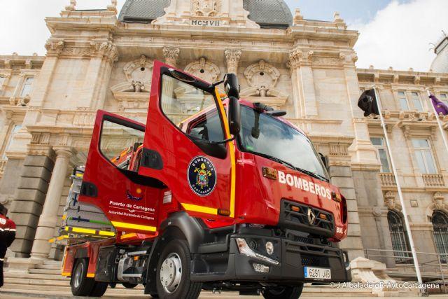 El parque de Bomberos de Cartagena cuenta con un nuevo camion para la extincion de incencios - 1, Foto 1