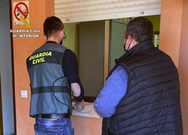 La Guardia Civil destapa una trama delictiva dedicada a estafas en la venta de inmuebles y vehículos - 2, Foto 2