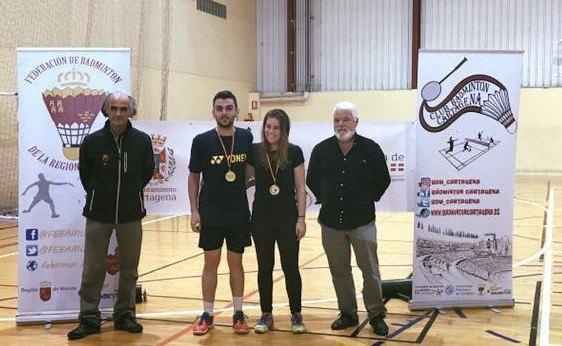 Grandes resultados de los jugadores del Club Bádminton Totana en el Campeonato regional absoluto de bádminton, Foto 1