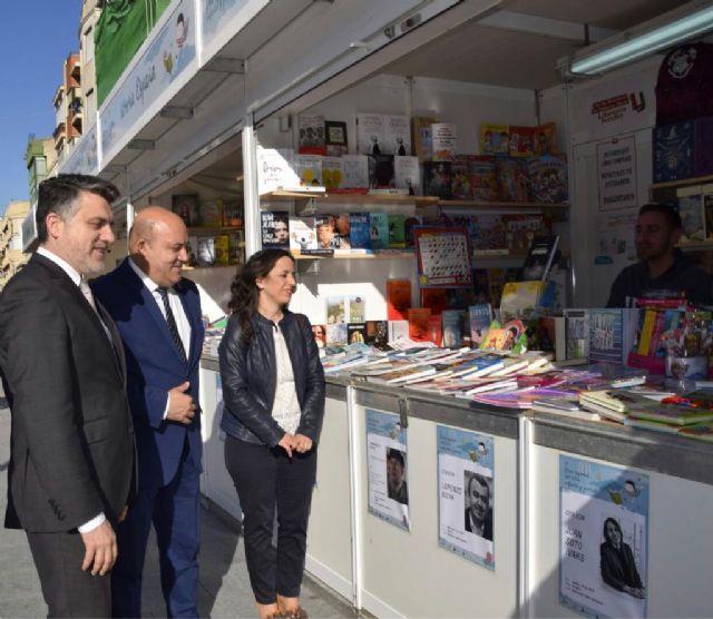 La Feria Regional del Libro Infantil y Juvenil arranca en Cieza y llenará de actividades el municipio hasta el 25 de abril - 1, Foto 1