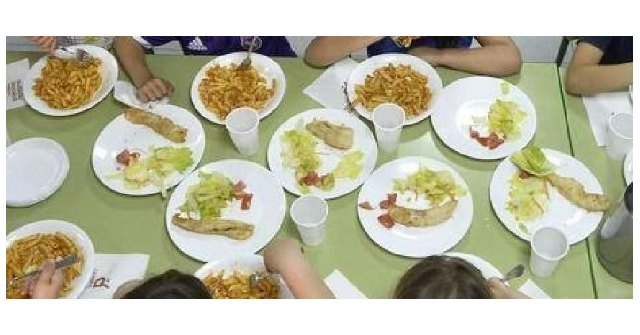 92 dining room scholarships are awarded to guarantee the basic right to food for schoolchildren in vulnerable situations affected by the closure of educational centers