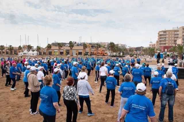 500 mayores se dan cita en Puerto de Mazarrón para participar en un encuentro de gerontogimnasia - 3, Foto 3