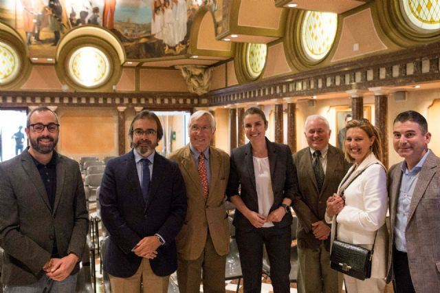 Apoyo de la Asamblea Regional para convertir la terminal del aeropuerto de San Javier en un museo histórico de aviones - 1, Foto 1