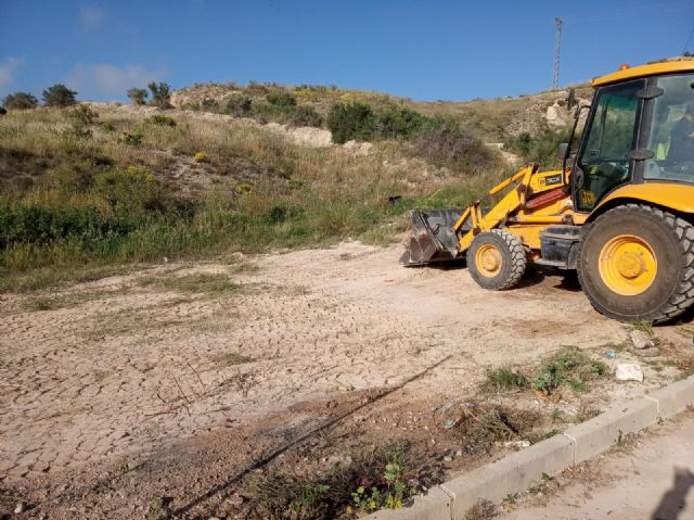 They carry out integral cleaning works in different spaces and uncontrolled waste dumps in the periphery, located in the districts of Triptolemos and San José, respectively - 3
