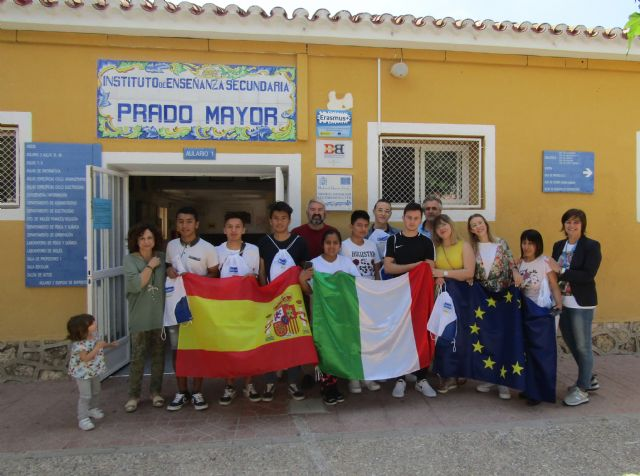 Students of the IES Prado Mayor carry out their training practices in Rimini (Italy) - 6