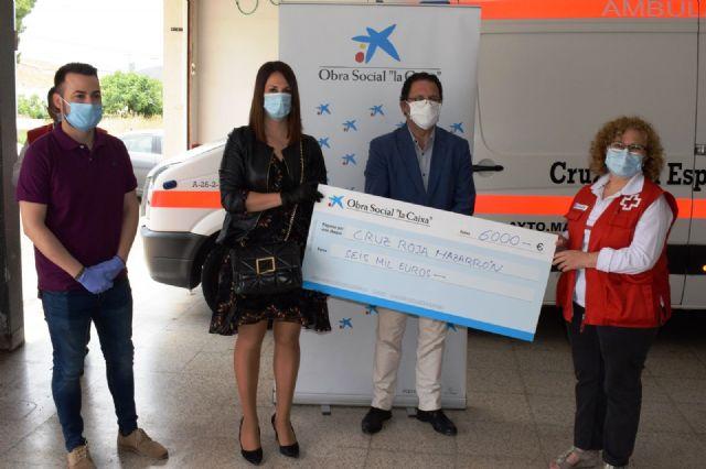 Obra social La Caixa dona 4.500 euros a Cáritas Mazarrón y 6.000 euros a Cruz Roja para bancos de alimentos - 1, Foto 1