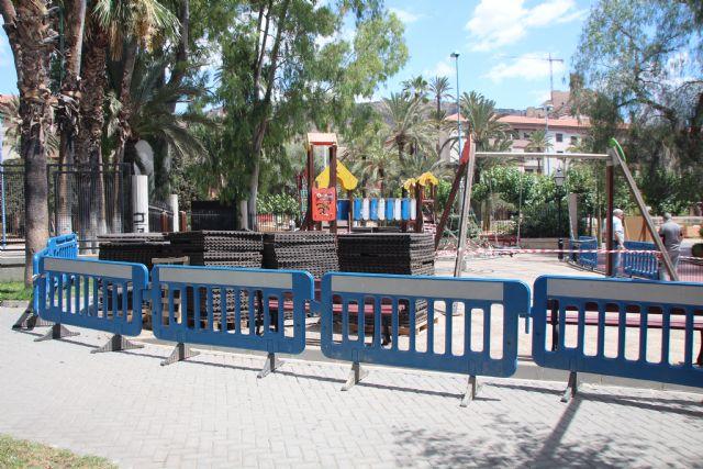 Arreglo de juegos en el Parque de La Cubana, Foto 4