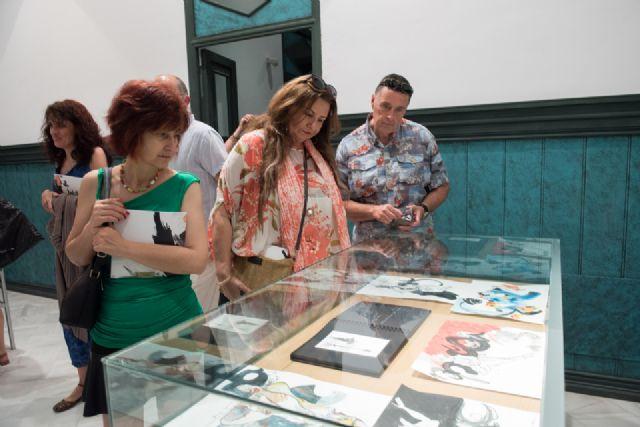 Álvaro Peña enriquece la oferta cultural del municipio con su exposición en Casas Consistoriales, Foto 4