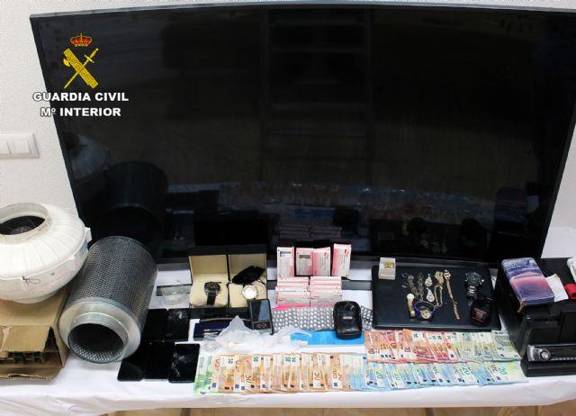 La Guardia Civil desmantela en Murcia un activo punto de venta de droga - 3, Foto 3