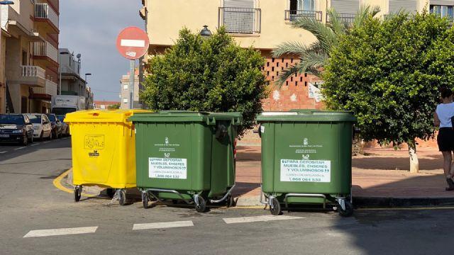 El servicio de recogida de basura renueva contenedores del centro urbano y otras zonas del municipio - 4, Foto 4