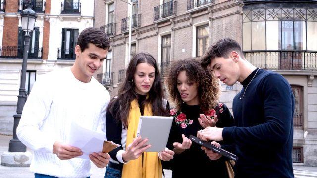 Murcia estrena la primera película para jugar por la ciudad a modo de escape room urbano - 2, Foto 2