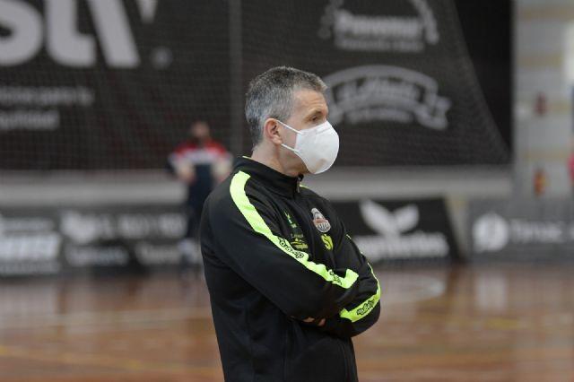 Juan Alcaráz deja el banquillo del STV Roldán - 2, Foto 2
