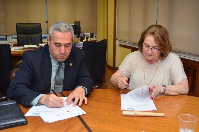 Podólogos y farmacéuticos de Murcia hacen frente común para delimitar las competencias de ambas profesiones - 1, Foto 1