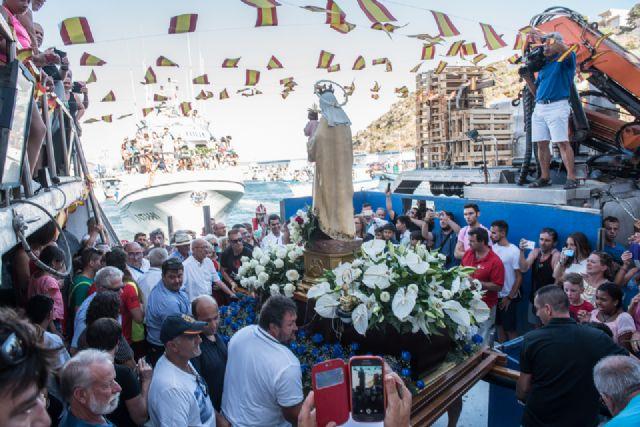Multitudinario homenaje a la Virgen Marinera en Puerto de Mazarrón - 1, Foto 1