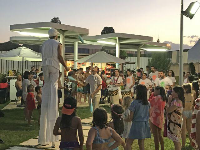 Las piscinas municipales de Puerto Lumbreras abren en horario nocturno los martes del mes de julio - 1, Foto 1
