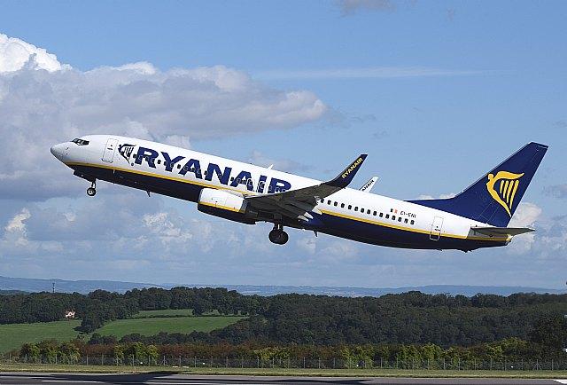 Ryanair elimina la tasa de cambio de vuelo en todas las nuevas reservas de septiembre - 1, Foto 1