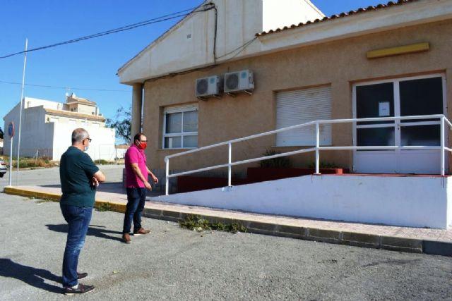 El ayuntamiento realiza mejoras y acondicionamiento en el consultorio médico de Cañada de Gallego - 4, Foto 4