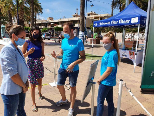 La directora general del Mar Menor, Miriam Pérez presentó en Santiago de la Ribera la campaña de sensibilización Mar Menor 2020 - 2, Foto 2