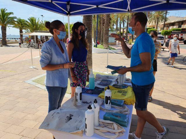 La directora general del Mar Menor, Miriam Pérez presentó en Santiago de la Ribera la campaña de sensibilización Mar Menor 2020 - 5, Foto 5