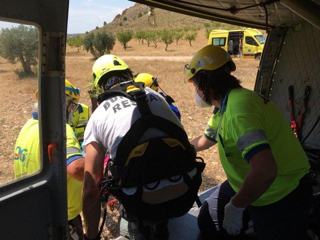 Bomberos rescatan por aire una escaladora herida en Jumilla - 2, Foto 2