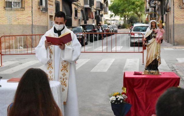 El barrio del Carmen homenajea a su patrona con una misa al aire libre - 5, Foto 5