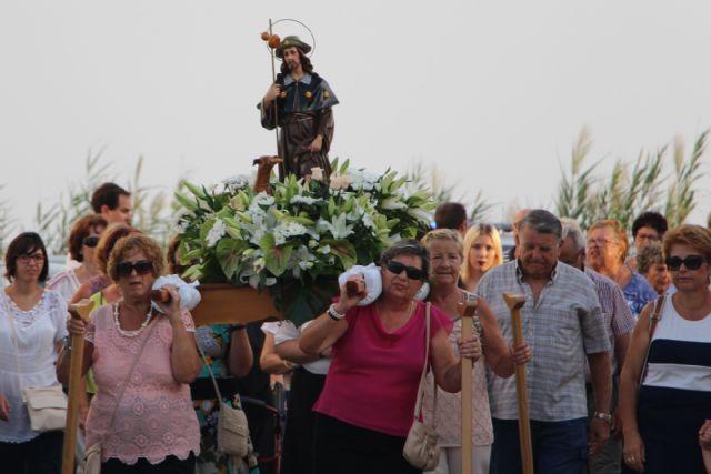 Las fiesta de El Mojón culminan con la procesión de San Roque - 2, Foto 2