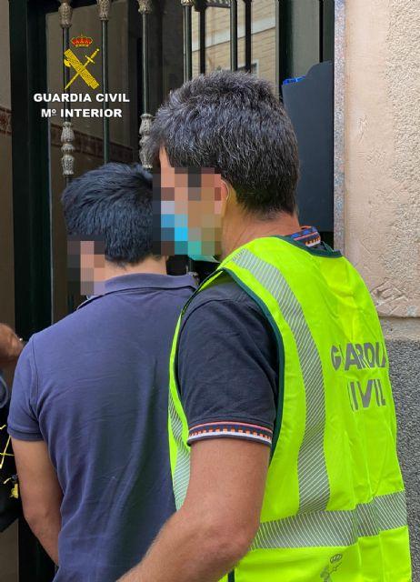 La Guardia Civil esclarece en Cieza un hurto en una vivienda de Barcelona - 2, Foto 2