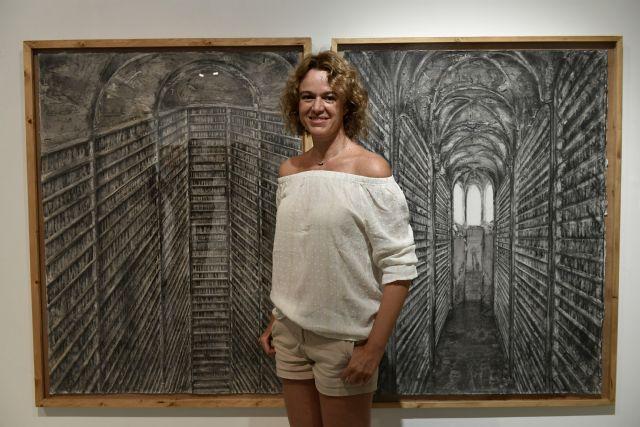 La Universidad de Murcia expone la muestra pictórica ´Bibliotecas´ de la artista Pau Pellín - 1, Foto 1
