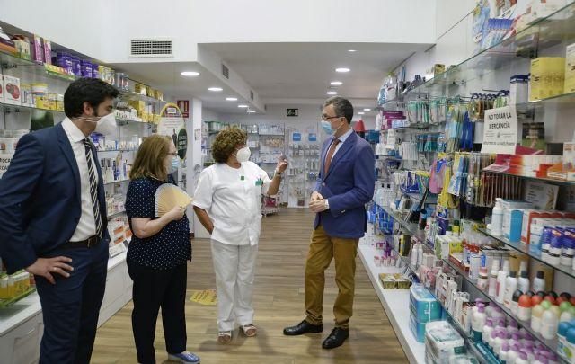 Las farmacias murcianas asesoran cada día a más de 20.000 murcianos sobre pruebas y protocolos anti COVID - 1, Foto 1