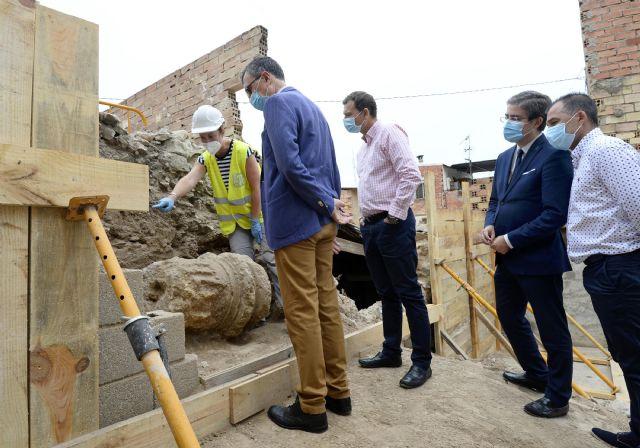 Comienzan los trabajos para la recuperación de la columna romana hallada en Monteagudo - 2, Foto 2